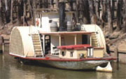 Paddlesteamer on the Murray River, Echuca